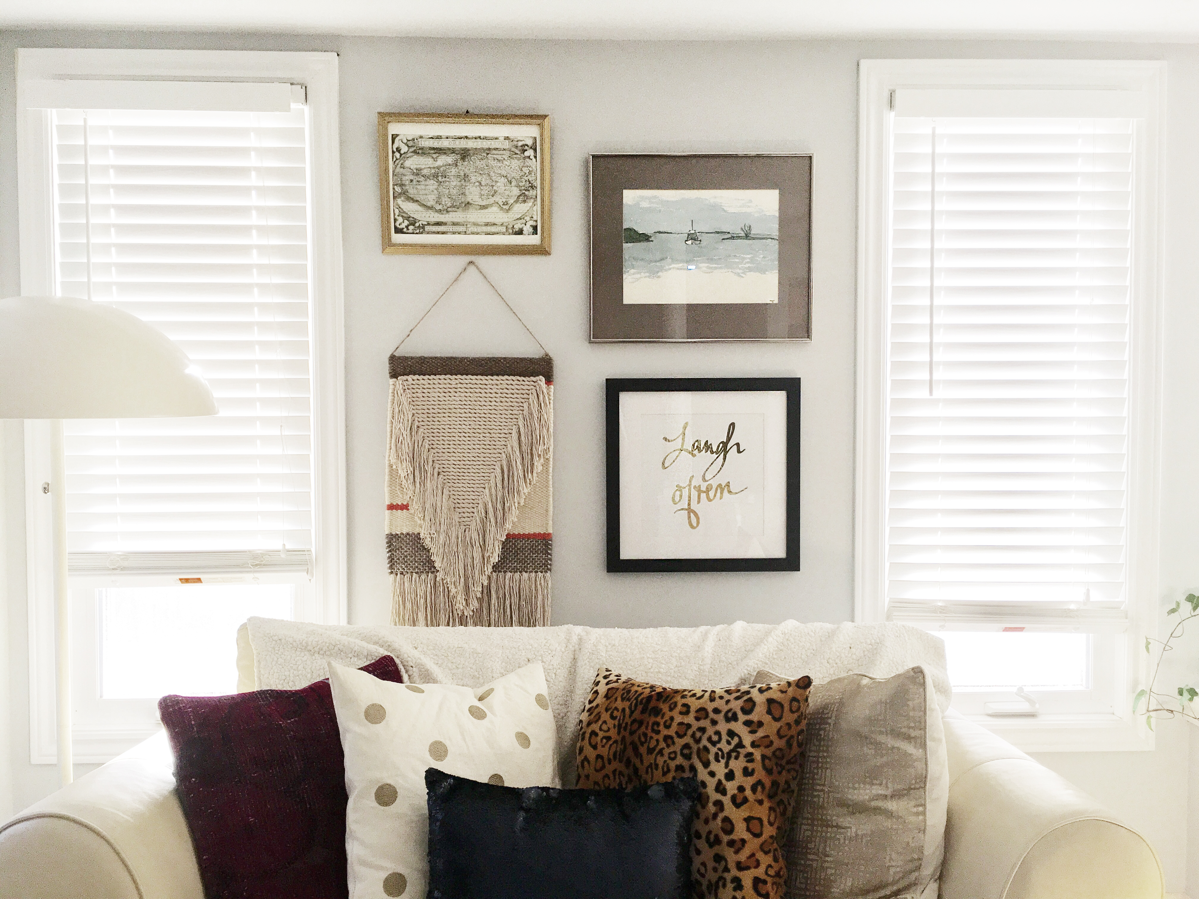 Fresh and Airy Interiors: Wall Groupings 101 -