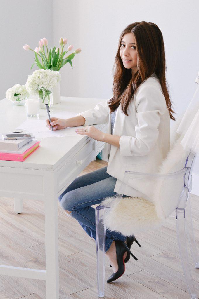 Joanna Pop in studio