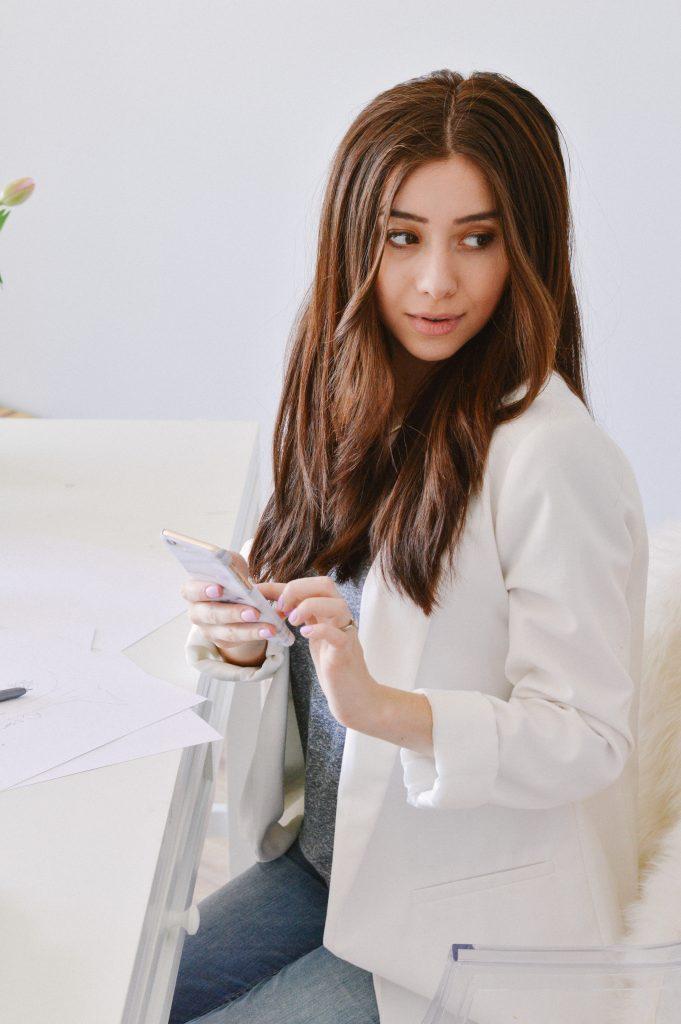 Joanna Pop iPhone